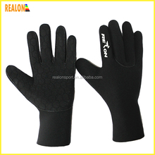 custom neoprene waterproof surfing gloves