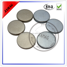 China Manufacturer small permanent N50 neodymium magnet disc price