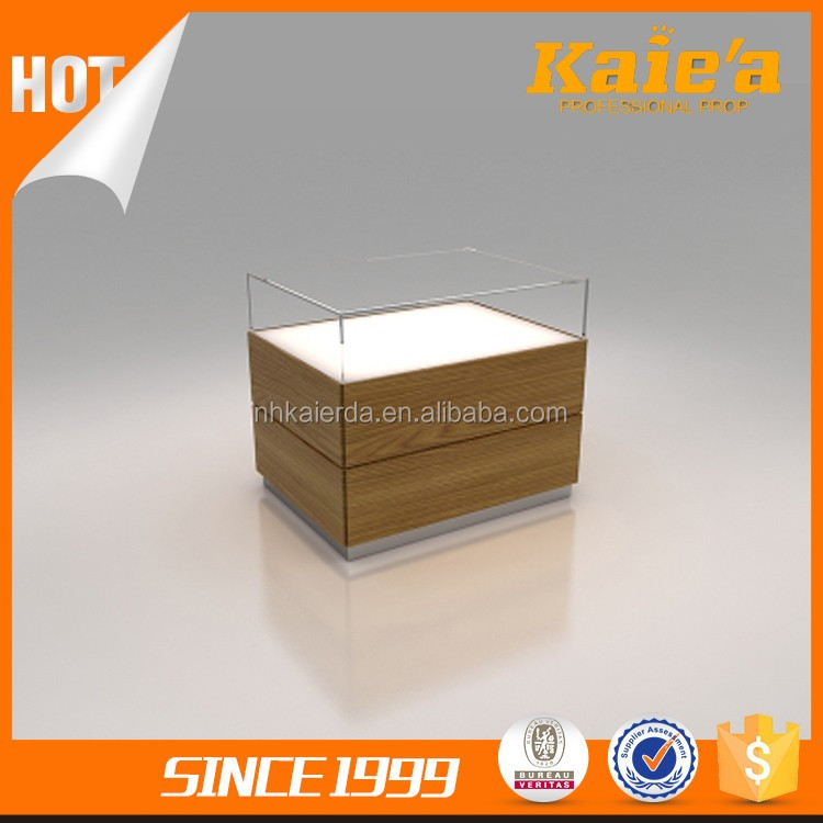 Customized Display Clothes Display Wooden Table For Sale