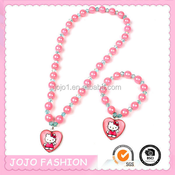 Fashion Accessories!!Hello Kitty wholesale beaded statement necklace for kids