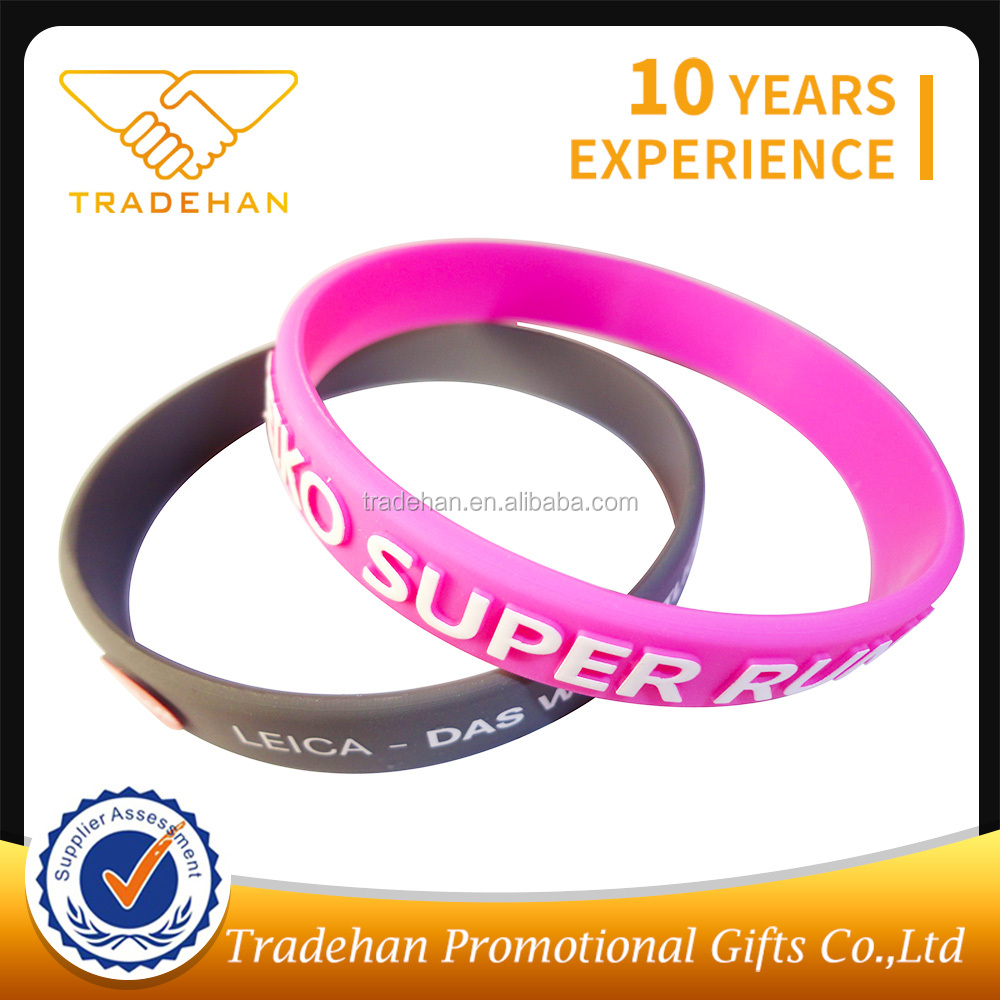 custom sport team embossed color silicone rubber wristband