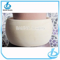 Latest hot sale in Europe plain material unfinished chunky wood bangle bracelets