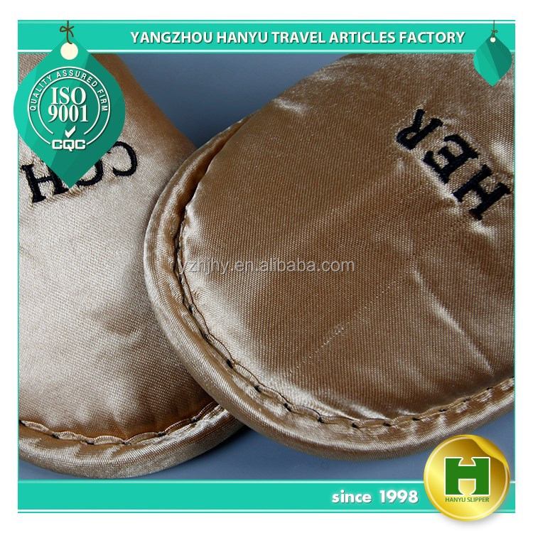 Satin Fabric Hotel Slippers / Wholesale Golden Smooth Cloth TPR Sole Slippers / Custom ODM Silky Fabric Household Slippers