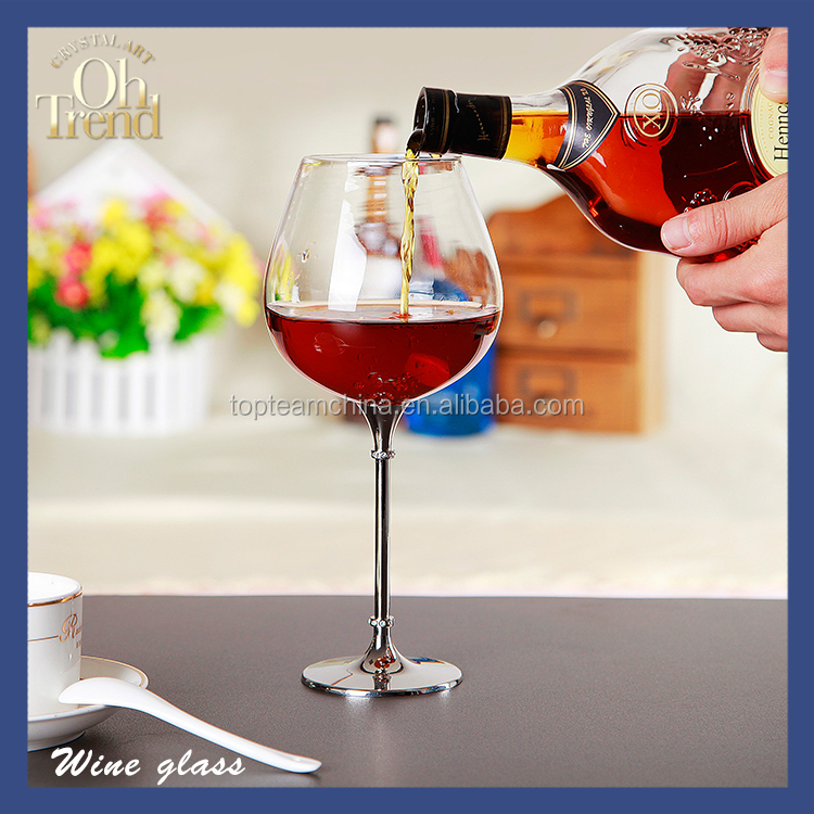 Glassware Manufacturer Handmade cheap wine glass goblet with multi-turn drill wendding shopping