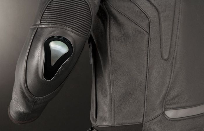 Sports Elbow And Shoulder protector,Leather Gramments Fitted And Colors Attractive Elbow&Knee Pad