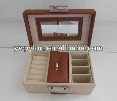 Mini jewelry case for girl