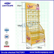 Customized metal free standing wire display racks for drinks Roll up racks