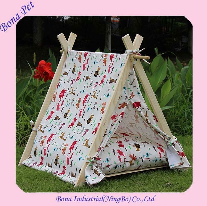 Hot Sale Wood Outdoor Pet Dog Bed Tents with Mattress