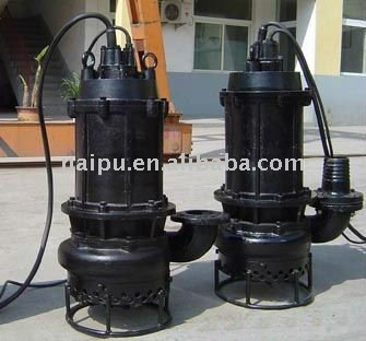 Submersible gravel and sand slurry pumps