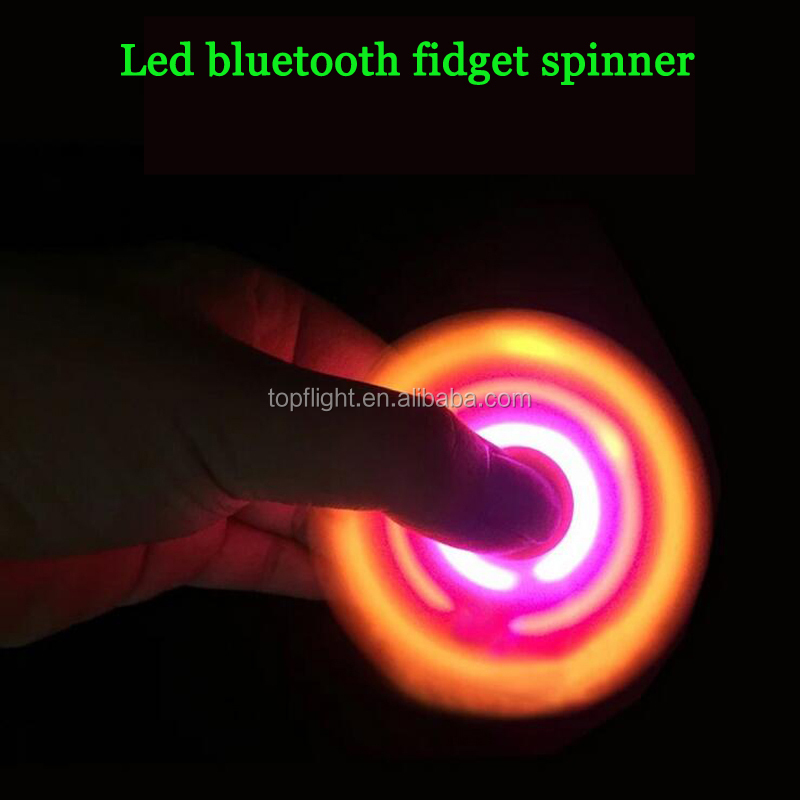 Flashing lights hand spinner wireless bluetooth speaker funny finger spinner speaker colorful led fidget spinner
