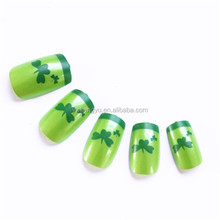 Four Leaf Grass Design For St.Patrick's Day Festival Classic Artificial Party Nail Tips