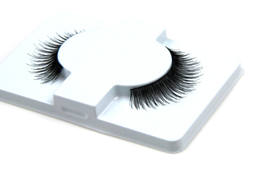 Package Permanent Korean Silk Black False Eyelashes / Knotting Lash