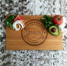 Personalized Engraved Delicacy bamboo pizza plate chopping block creative wood cutting board with handle