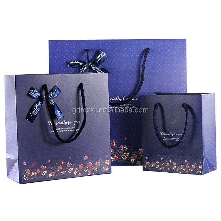Recyclable custom printed luxury gift paper clothing bags with your own logo