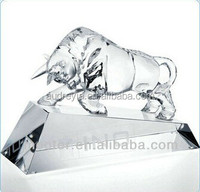 crystal bull model figurine with personalized logo