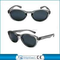 Fashion simple plastic sunglasses made in china UV400 2015 hot sale