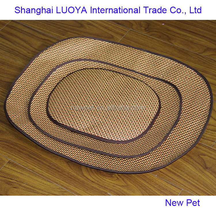 Eco-friendly promotional summer sleeping bed wicker dog bed baskets for sleeping