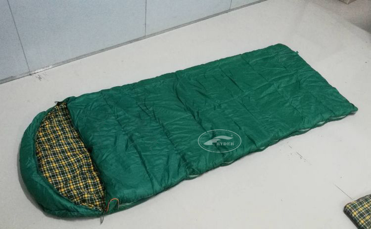 High Quality Outdoor Travel Hiking Emergency Envelope Compact Winter Waterproof Sleeping Bag