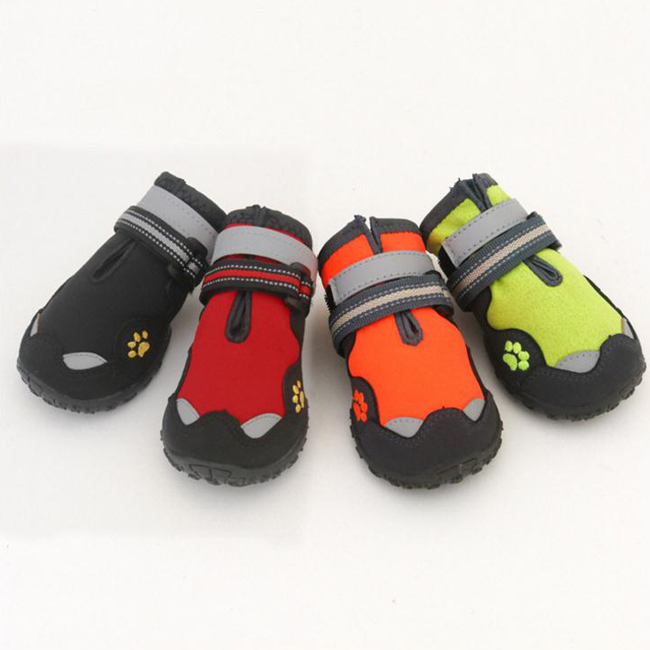 High Quality Pets Waterproof Shoes Medium Large Dogs Non Slip Hiking Sneakers For Labradors