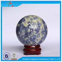 Wholesale healing rough sodalite crystal ball centerpiece