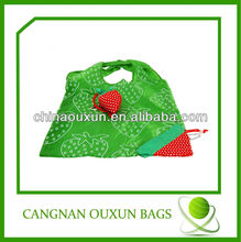hot style polyester strawberry folding shopping bag