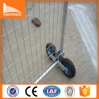 Hot Galvanized Portable mobile temporary fence with wheel / mobile temporary fence