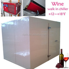Walk in chiller to store wine with Zanotti cooling unit