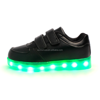 Flashing footwear kids classic branded design light sneakers sports shoes for children