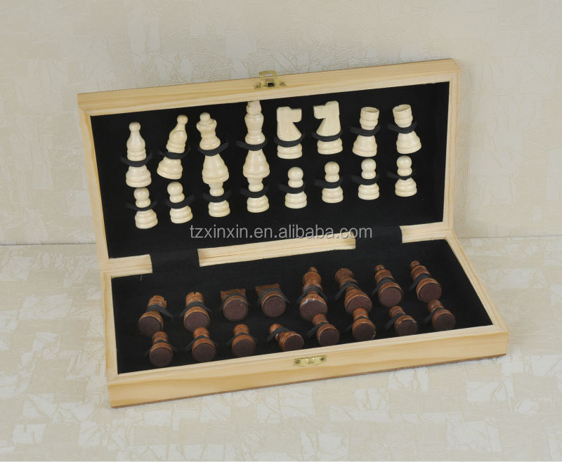 chess,wooden chess board,play chess games