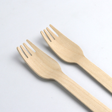 "High Quality 200 pc set of 6"" Recyclable Eco-Friendly Utensils Wooden Disposable Cutlery for picnics"