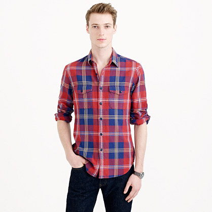 Men's flannel plaid shirt
