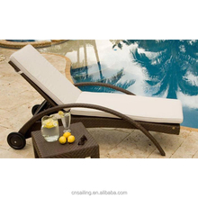 Popular All Weather Outdoor Lounge Chair Rattan Patio Pool Sun Loungers With Wheels