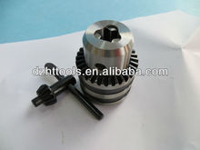 Taper mounted or thread mounted precision drill chucks chuck with key type