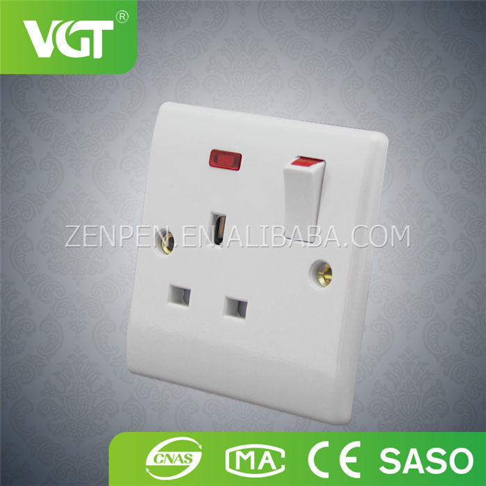 Factory provide british standard 1 gang euro socket