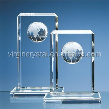 Wholesale new design k9 crystal sailboat shape trophy with globe for corporate anniversary gifts