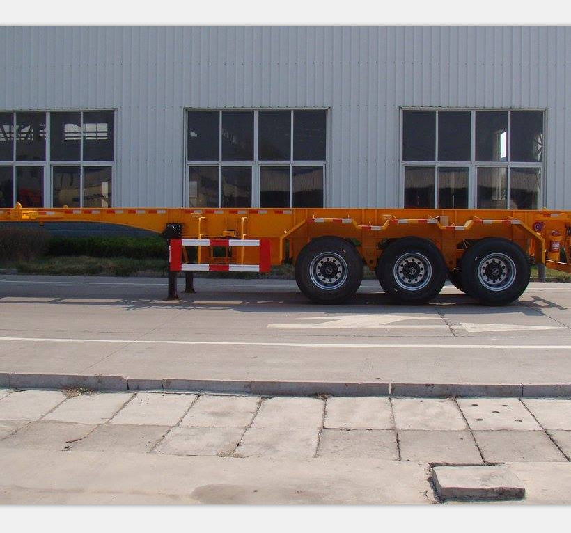 Tri Axle 40ft 20ft Chassis 12500mm Long Container Shipping Skeleton Semi Trailer