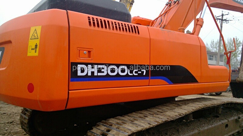 Doosan 300 used excavator cheap price for sale .