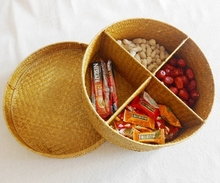 Hot sale mini storage snacks seagrass basket,small straw gift baskets with compartmentsbaby shower candy box
