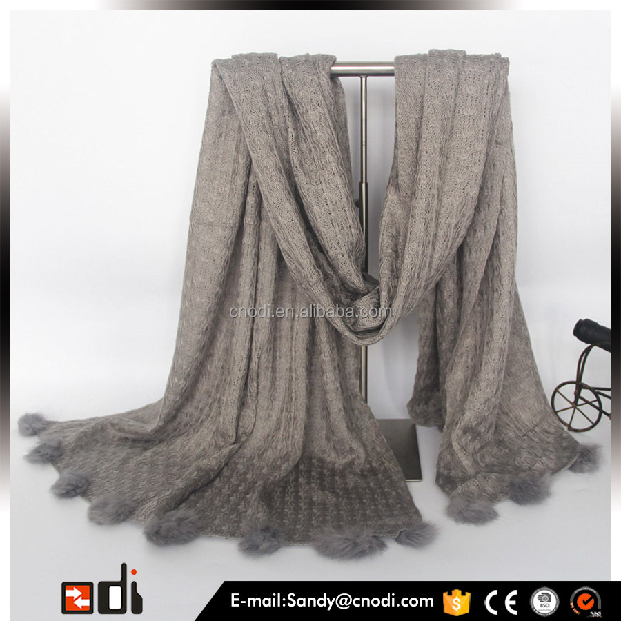 2015 Hot sale grey knitting crochet scarf with rabbit fur ball