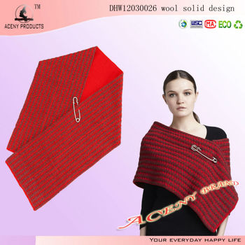 Red Wool Knitted Shawl Scarves in China