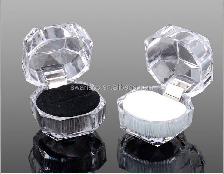 Clear Plastic Three Color Earring Ring Jewelry Box