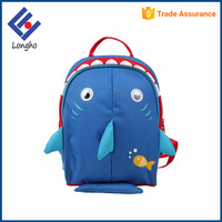 Best selling insulated cute shark shape kids school lunch bag with safety harness