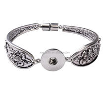 HJ008 Yiwu Huilin Jewelry Leaves flowers magnet buckle bracelet snap button retro bangle