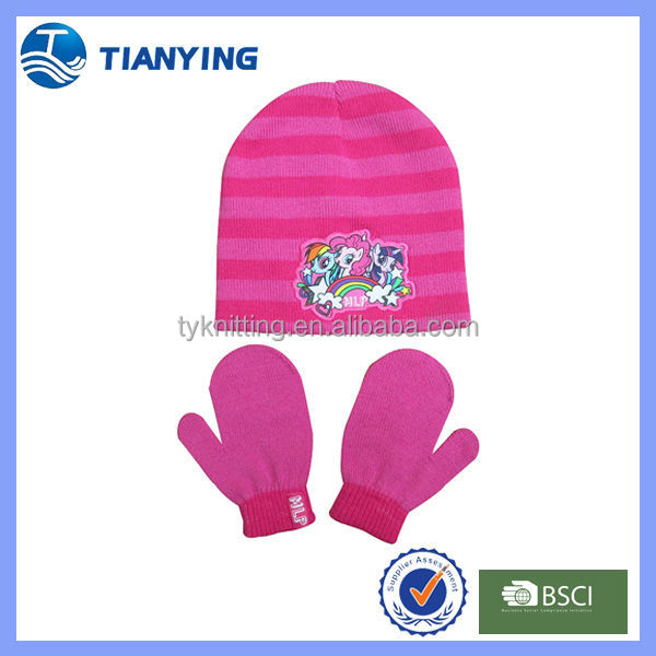 wholesale kids cheap stripes knitted mittens and hats