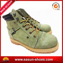 Safetix work shoes heated work boots