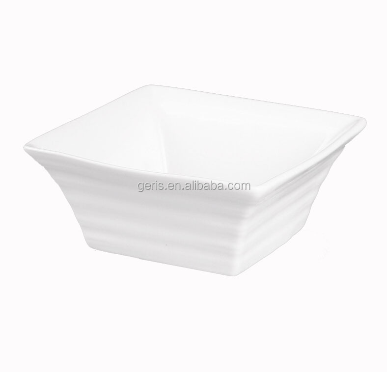 GRS white ceramic popcorn bowl