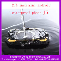 2.4 inch mini small size mobile phone dual sim waterproof mobile phone low price J5 small size android mobile phones