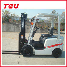 1.5 ton powered Chinese engine diesel lift truck