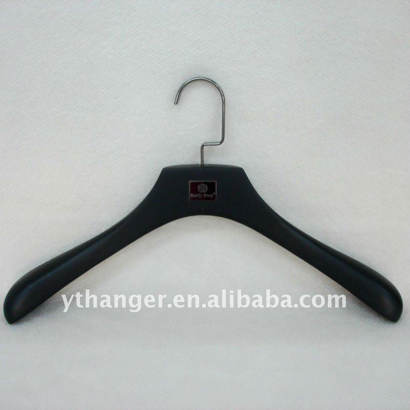 WC1 full black wood hanger for tops deluxe apparel