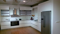 Modern and simple High gloss Paint finished kitchen cabinet